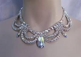 Fashionable Victorian Necklace Set