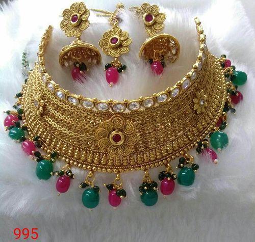Imitation Fashion Necklace Set