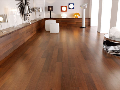 Polished Wooden Laminate Flooring