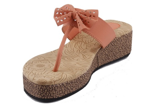 44799e459 Light Weight Slippers With Heals