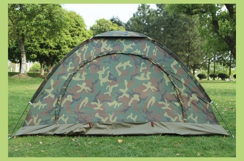 6 Person Waterproof Outdoor Tent House for Camping (Multicolour)