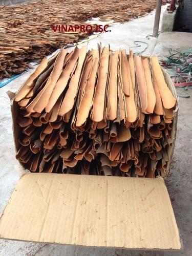 Dried Split Cassia Cinnamon