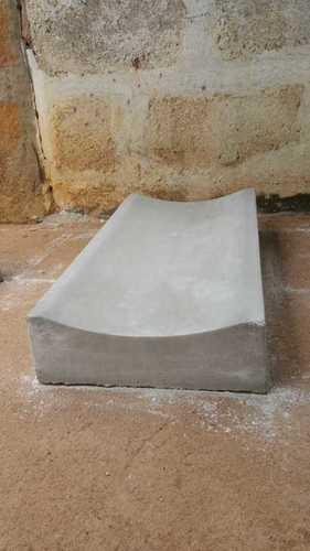 Saucer Drain Kerb Stone