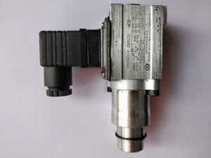 Industrial Polyhydron Pressure Switches