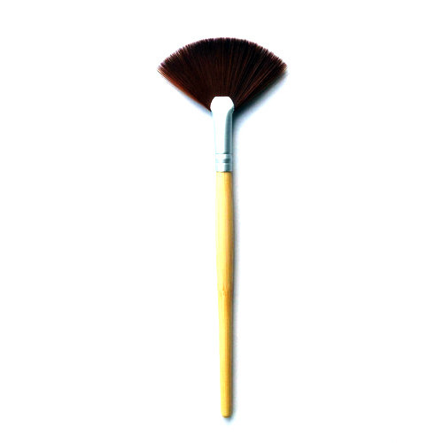 High Quality Cosmetic Fan Brush