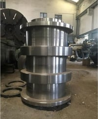 Section Straightening Roll
