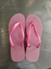 Pink Color Ladies Fancy Slipper