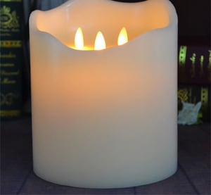 3 Flameless Dancing Wicks Battery Operated Big LED Candles