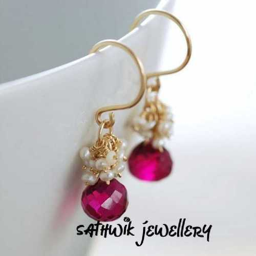 Fashion Crystal And Pearl Earrings