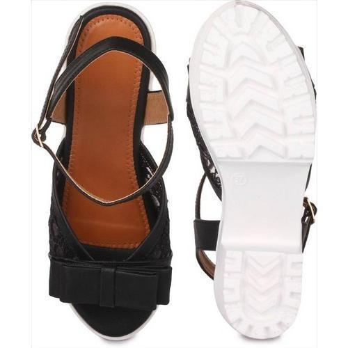 927aec1798c Black And White Ladies Wedges Sandals in New Delhi