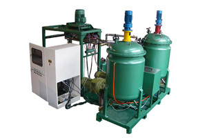 Low Pressure Plastic Foam Injection Machine With Three Components