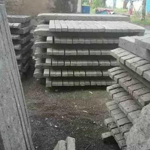 Cement Concrete Fencing Poles
