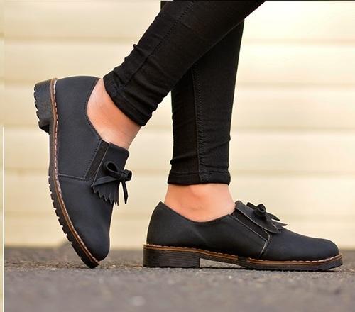 Women Fashion Trending Flat Shoes
