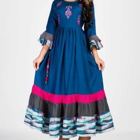 Ladies Designer Cotton Kurtis Size: Customized