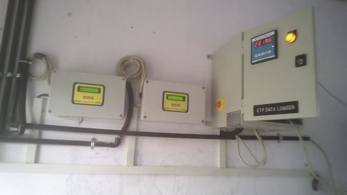 Flow Meter with Data Logger