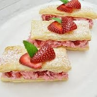 Strawberry and Cream Pastries