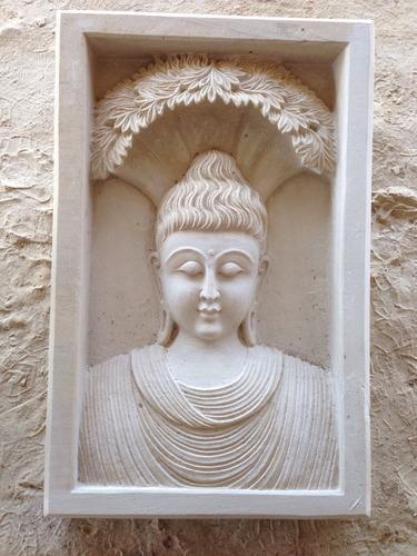 White Stone Frame Work Statue