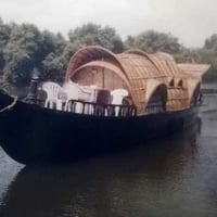 House Boats For Adventure