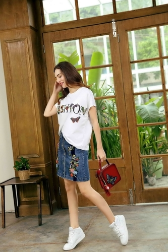 Light Luxury Craft Women'S Short-Sleeved T-Shirt