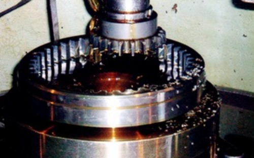 Small And Large Internal Spline Gears