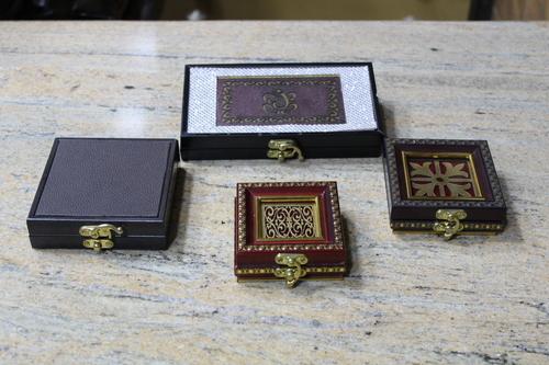 Attractive Design Coin Box