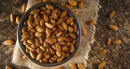 Delicious Taste Almond Nuts