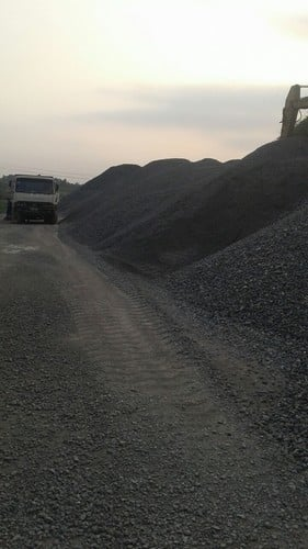Black Crushed Stone Cut-To-Size