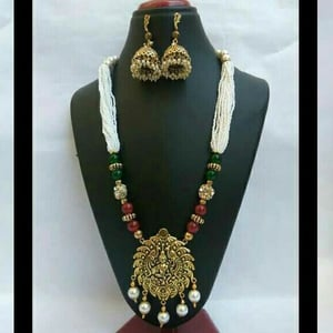 Handcrafted Necklace Set