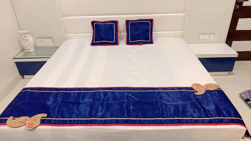 Beautifully Designed Bed Runner