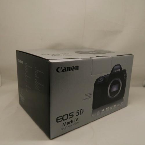 Original Canon EOS 5D Mark IV