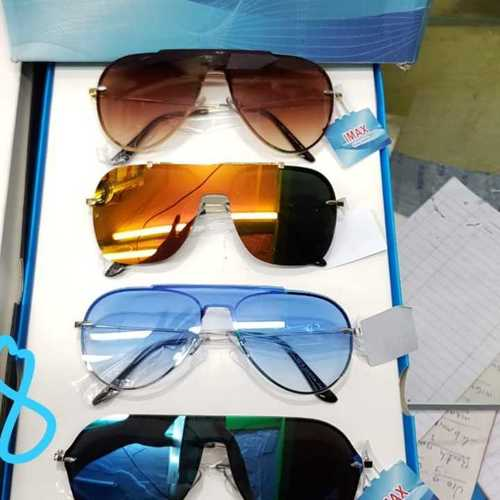 Light Wight Wayfarer Sunglasses