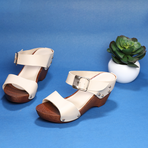 a6da5b26f90 High Heel Slippers In Delhi, Delhi - Dealers & Traders