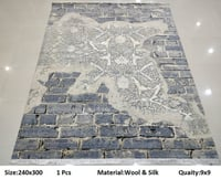 Handknotted Transitional Design Rug