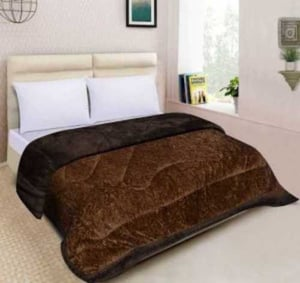 Micro Fiber Quilts For Winters
