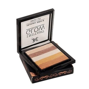Smudge Proof Eye Shadow for Make Up