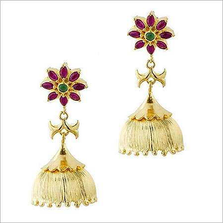 Classical Gold Hanging Earring