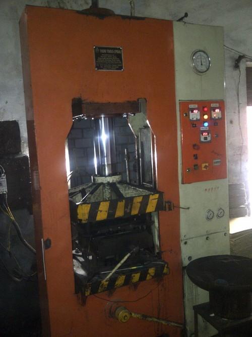 100 Ton Automatic Bakelite Press