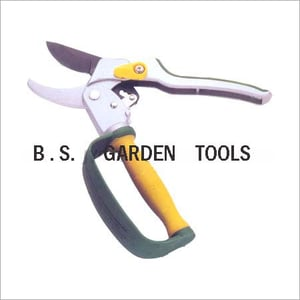Super Ratchet Pruning Shears