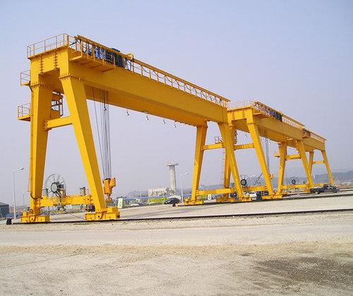 Heavy Duty Cranes Manufacturers