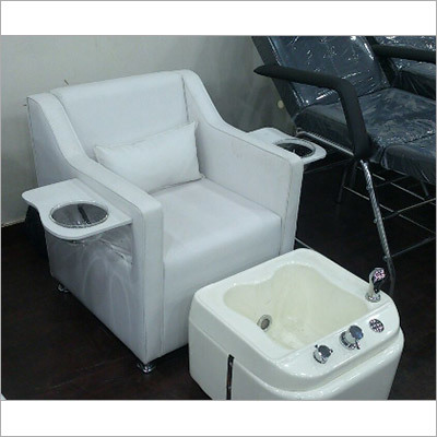 Pedicure Station