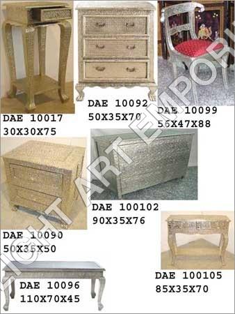 White Metal Furnitures