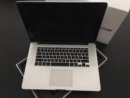 Mac Book Pro (Apple)