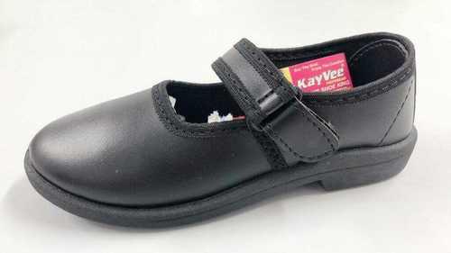 Girls Black Color School Shoes at Best