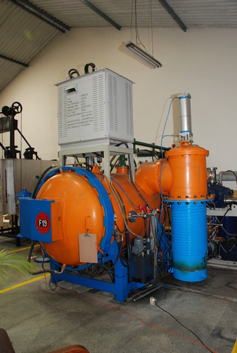 Horizontal Front Loading Vacuum Furnace Application: Industrial