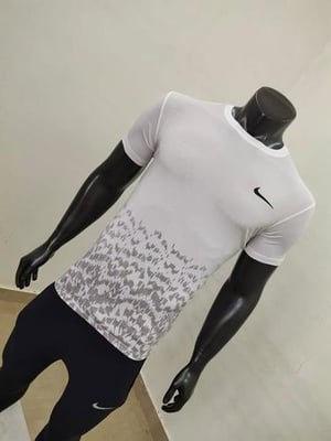 Mens Branded Multicolor T-Shirts