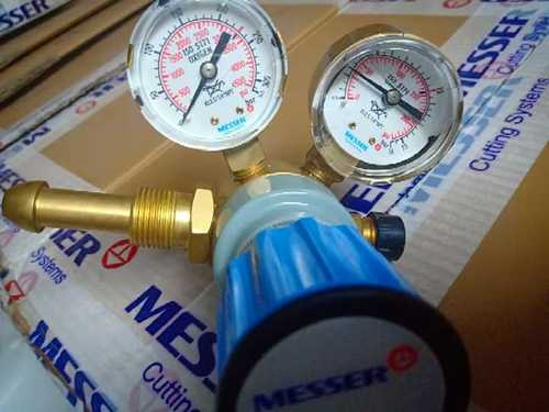 Oxygen Regulator Messer Make