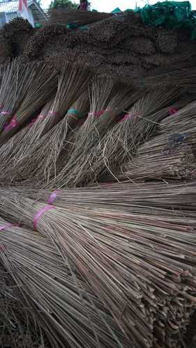 Well Dried Brooms For Cleaning