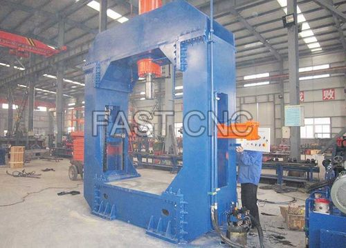Hydraulic Linking And Straightening Machine For Formed Steel Pipe