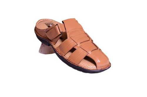 Men Brown Leather Slipper Size: Customized