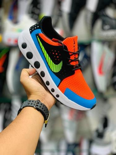 Light Weight Colorful Sport Shoes
